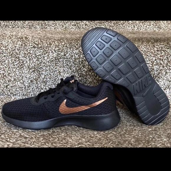 Nike Women Rose Gold Tennis Shoe